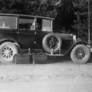 John Engbloms bil var en röd Fiat.