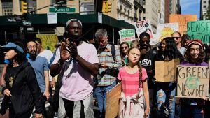 Greta Thunberg demonstrerar i New York 20.9.2019.