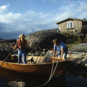 Tove och Tuulikki i båten