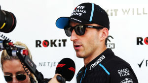 Robert Kubica intervjuas.