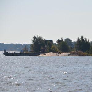 Ön Skatakobben utanför Helsingfors.