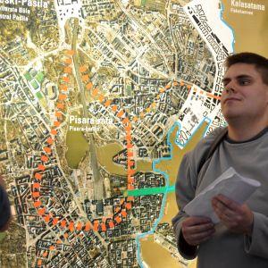 Petri Visala är i sitt element när han får diskutera trafikplanering.