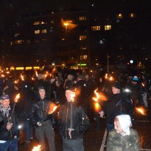 612-föreningen demonstrerar i Helsingfors, Tölö torg