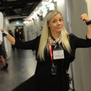 Publikvärdinnan Camilla Fagerholm backstage på MGP 2016.