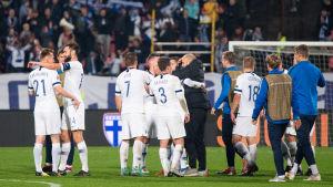 Finland besegrade Grekland med 2-0.