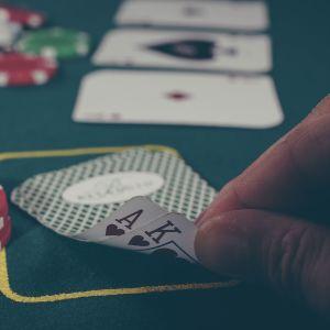 Poker på ett casino.