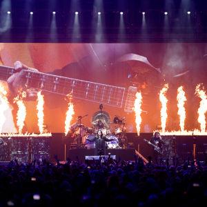 Black Sabbath -yhtye viimeisessä konsertissaan Birminghamissa helmikuussa 2017