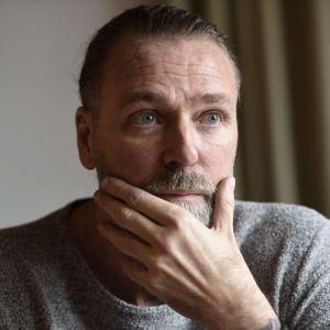 Patrik Sjöberg reser runt Europa som föreläsare.