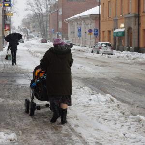 Folk i snöyra