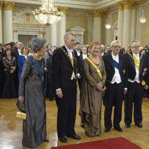 Tre presidentpar poserar på slottet 2007.