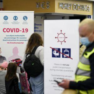 Bild från Helsingfors-Vanda flygplats vid coronatestningsstationen.
