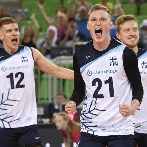 Samuli Kaislasalo, Fedor Ivanov, Elviss Krastins alla spelare i Finlands volleyboll landslag.