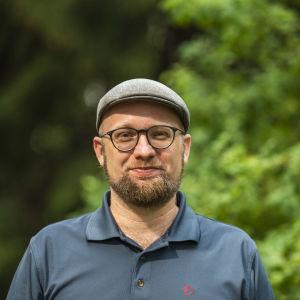 Vihreiden puoluesihteeri Veli Liikanen
