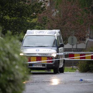 Poliisiauto Sauvakadulla Järvenpäässä