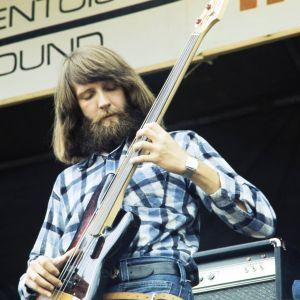 Ruotsalainen Hörselmat-yhtye esiintyy Ruisrock-festivaaleilla 1974.