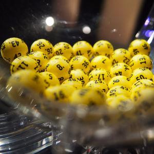 Lottobollar.