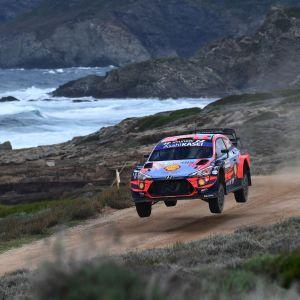 Dani Sordo kör på Sardinien.