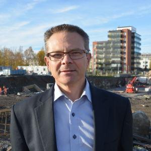 Mikael Snellman, regiondirektör för Lemminkäinen i Vasa.