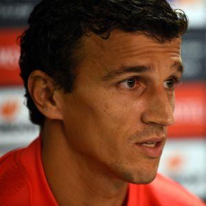 Roman Eremenko under en presskonferens.