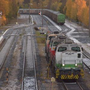 Tåg på räls i Hangö.