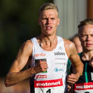 Topi Raitanen var klar etta på herrarnas 1 500 meter.
