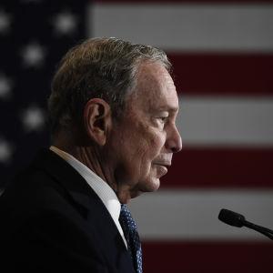 Michael Bloomberg profiilissa.