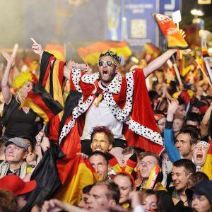 Tyska fans jublar efter VM-finalen 2014.