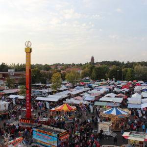 Bild av Ekenäshöstmarknad, tagen från luften.