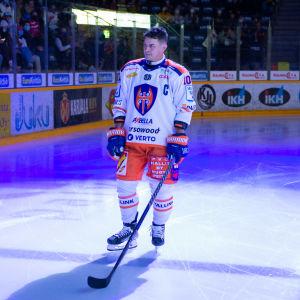 Kristian Kuusela saldosi pisteet 0+2 juhlaottelussaan.