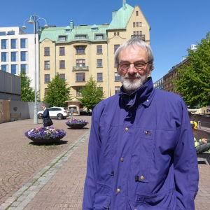 Professor Mikael Hildén
