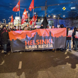 Helsinki ilman natseja / mielenosoitus / marssi / hakaniemi / 06.12.2017