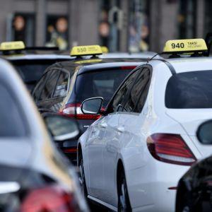 Taxibilar