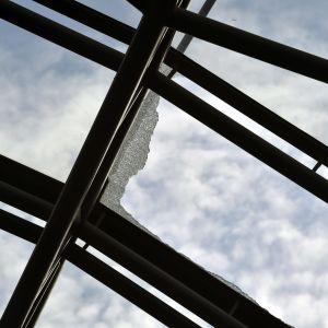 Glastaket på Helsingfors centralstation gick sönder 29.9.2019