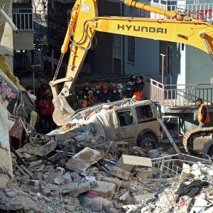 Pelastusoperaatio lopetettiin maanantaina Elazığissa.