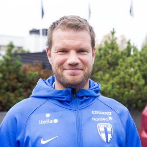 Teemu Tainio är fotbollstränare.