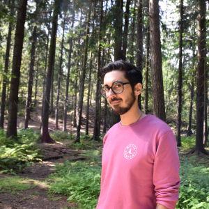 Författaren Adrian Perera i Centralparken.