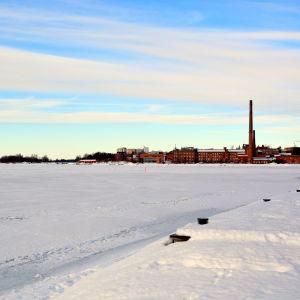 Is på Norra Stadsfjärden i Vasa.