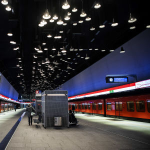 Lauttasaaren metroasema.