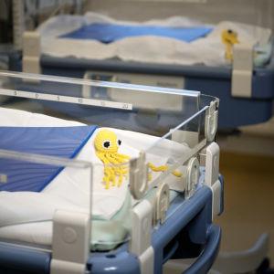 En sjukhussäng på ett sjukhus.