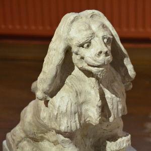 Vallgrens skulptur av ett pudellejon från 1914
