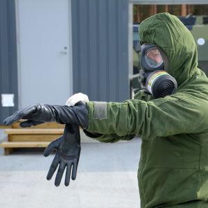 Björneborgs brigad i Säkylä tränar med kemiska vapen.