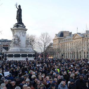 Demonstration mot antisemitism i Paris den 19 februari.