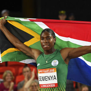 Caster Semenya med den sydafrikanska flaggan