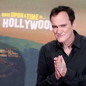 Närbild på Quentin Tarantino under premiären av Once upon a time in Hollywood i Berlin 2019.