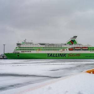 Tallink star i hamn.