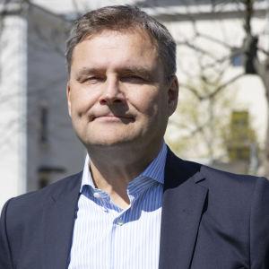 Varsinais-Suomen sairaanhoitopiirin uusi johtaja Matti Bergendahl.