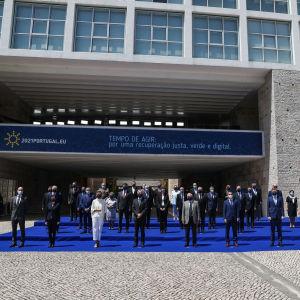 Puolustusministerit tapasivat kesällä.