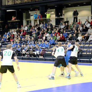 GrIFK försvaret höll koll på Atlasspelarna i den tredje kvartsfinalen.