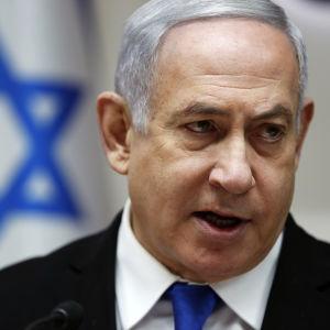 Benjamin Netanyahu vid ett regeringssammanträde i december 2019.