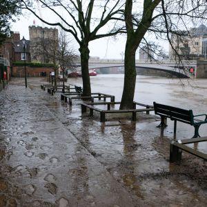 Floden i brittiska York har översvämmats.
